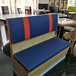 sofa madera azul