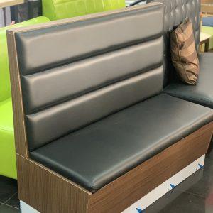 sofa madera negro